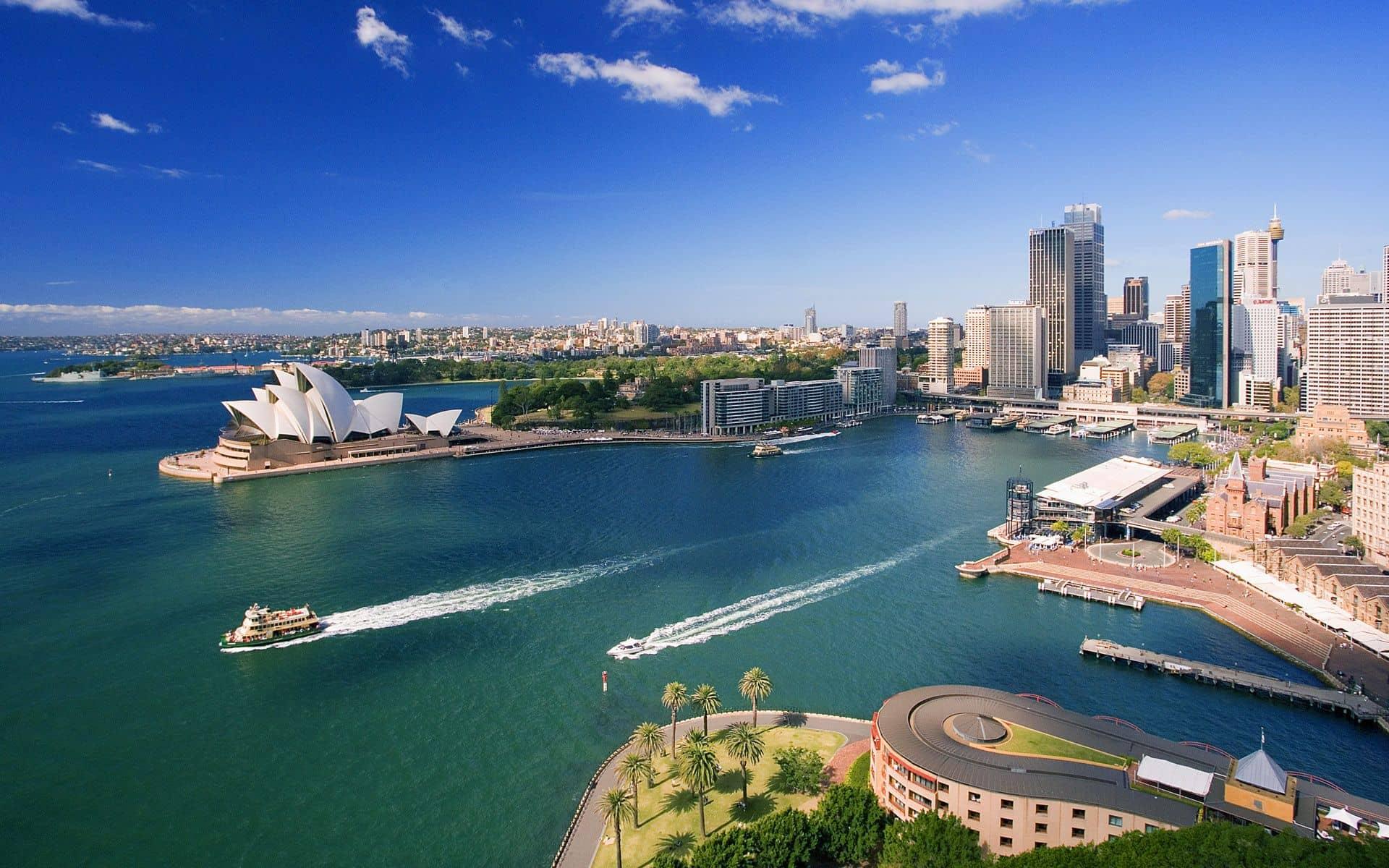 australia 1 - Home